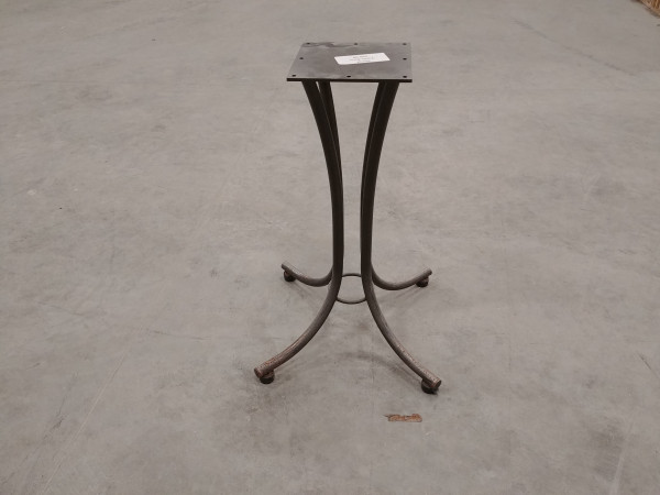 Table - Curved Pedestal Base