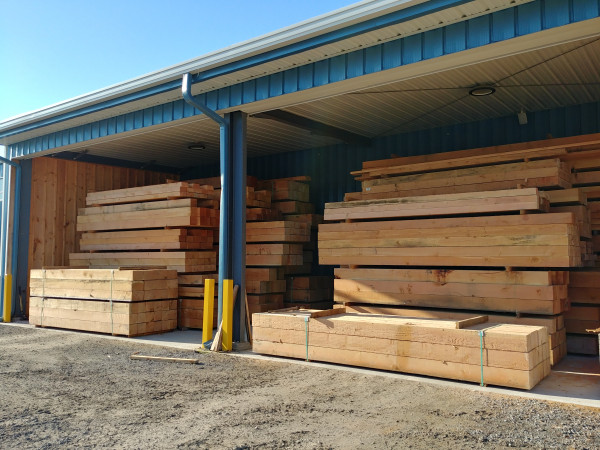 Rough Sawn Douglas Fir Timbers
